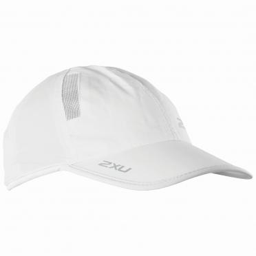 2XU Run Cap Weiß
